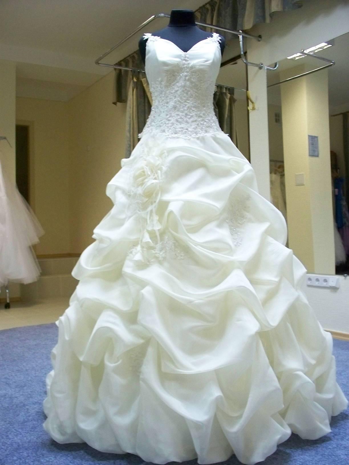 Одежда для венчания замужней паре в церкви