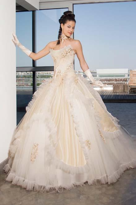 Wedding Saloon :: Свадебные каталоги - Свадебные платья и аксессуары
