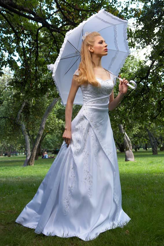 покрой платья со шлейфом