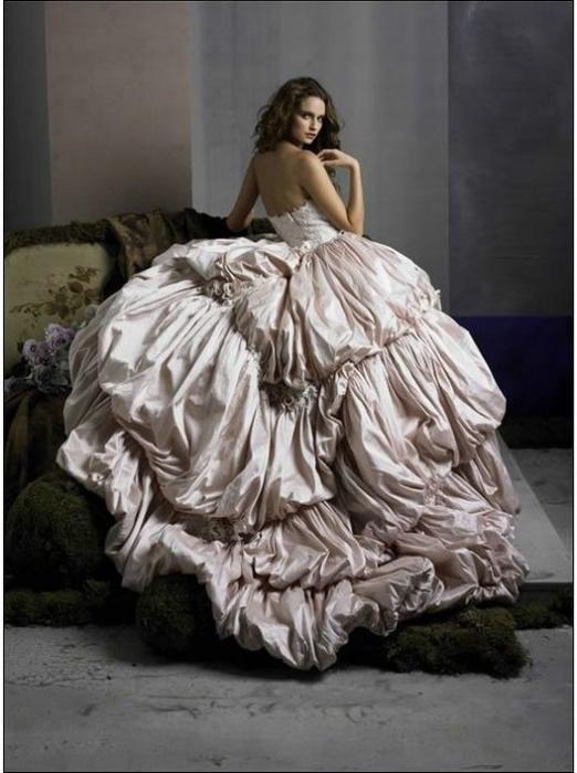 Свадебное платье с бантом сзади - Свадебный салон Brilliance