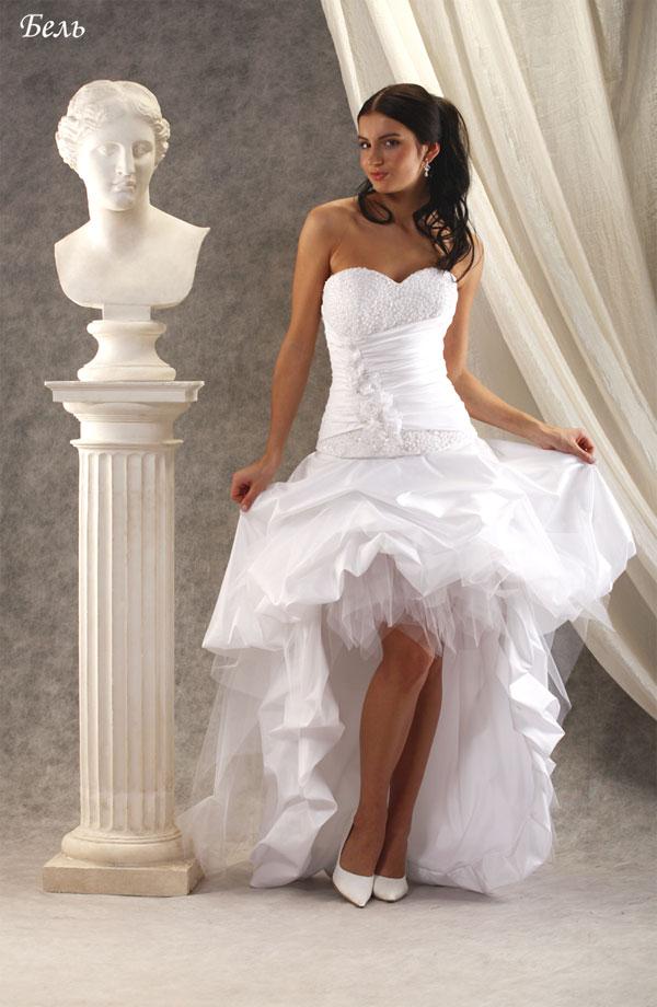 Почему под свадебным платьем у невесты нет трусиков