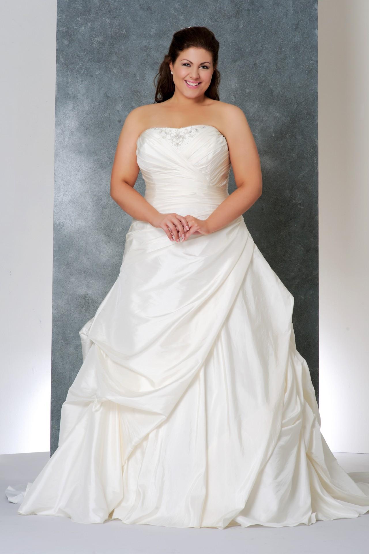 Свадебные платья: фасоны и цвета
